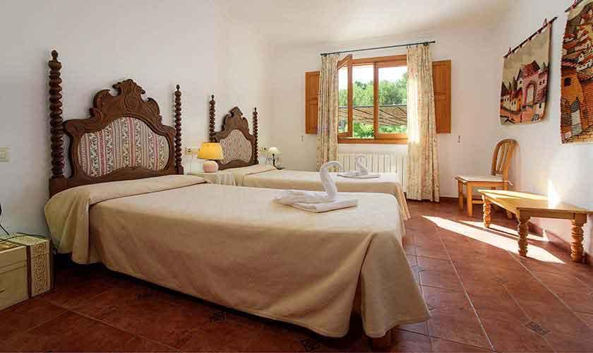Schlafzimmer Ferienhaus  Mallorca 6 Personen PM 3424