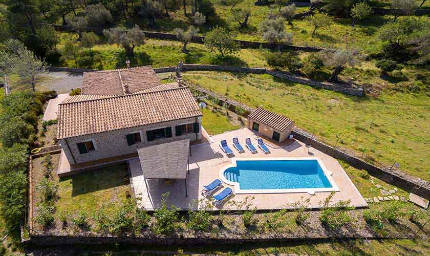 Luftbild Pool und Finca Mallorca 6 Personen PM 3424
