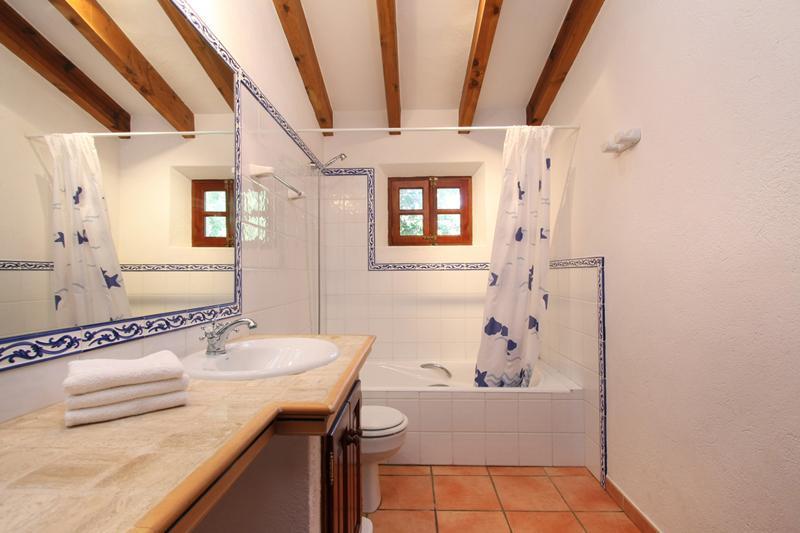 Badezimmer Finca Mallorca PM 3426 für 6-7 Personen mit Pool