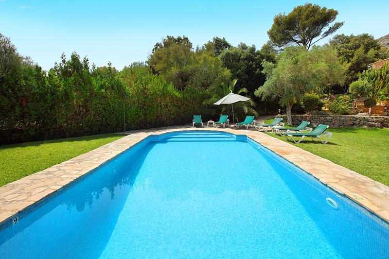 Poolblick Ferienhaus Mallorca PM 3426 für 6-7 Personen mit Pool