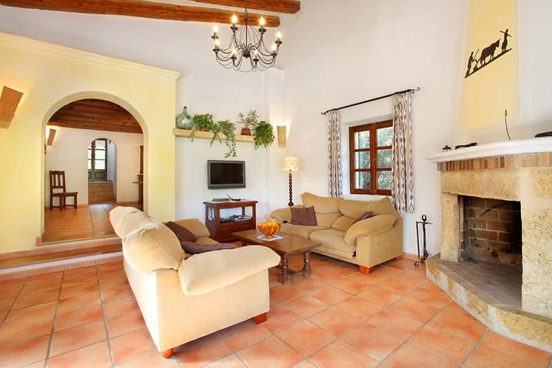 Wohnraum Finca Mallorca PM 3426 für 6-7 Personen mit Pool