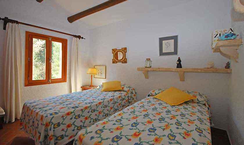 Schlafzimmer Ferienhaus Mallorca PM 3431