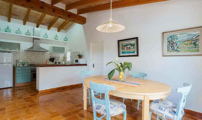 Küche und Essplatz Finca Mallorca Norden PM 3435
