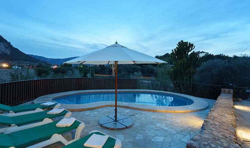 Pool und Terrasse Finca Mallorca Norden PM 3435