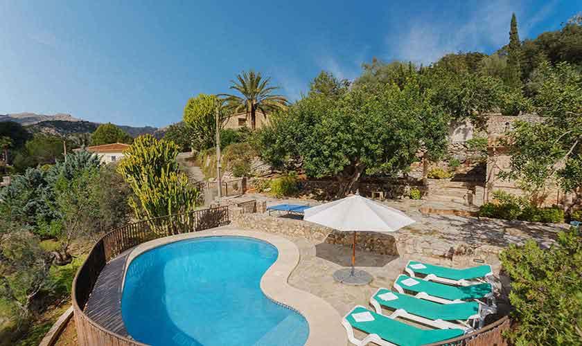Pool und Blick Finca Mallorca Norden PM 3435