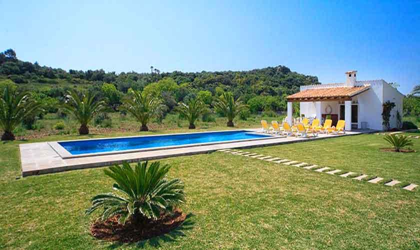 Pool und Garten Finca Mallorca 8 Personen Pool PM 3560