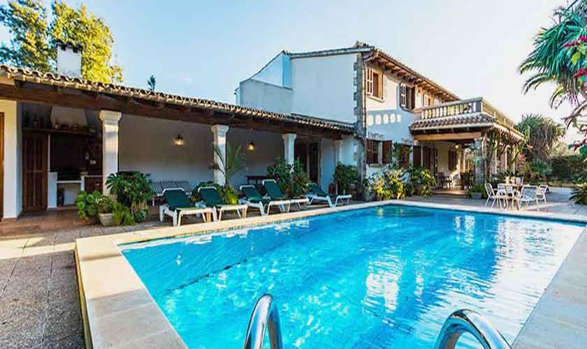 Ferienhaus mallorca norden bei pollensa pool 8 personen for Kapfer pool design mallorca