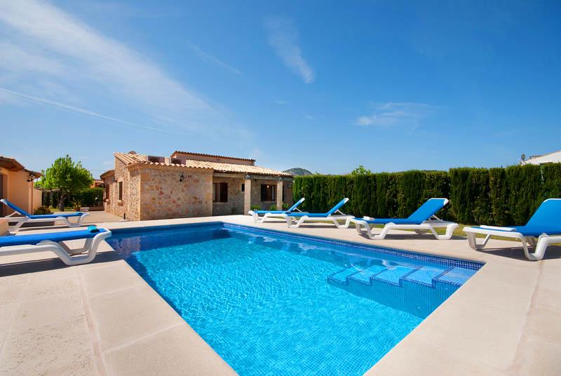Pool und Finca Mallorca Pollensa PM 378