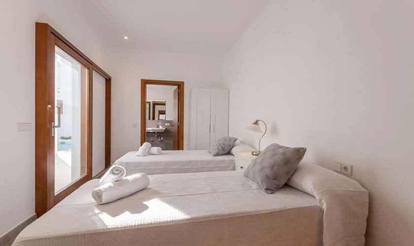 Schlafzimmer Ferienhaus Mallorca PM 3782