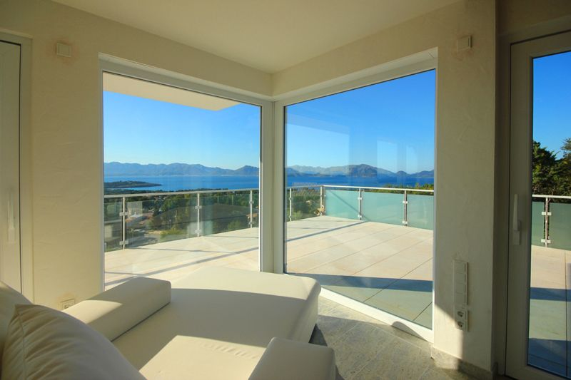 Meerblick von der Ferienvilla Mallorca PM 3801 mit Pool für 8 10 Personen