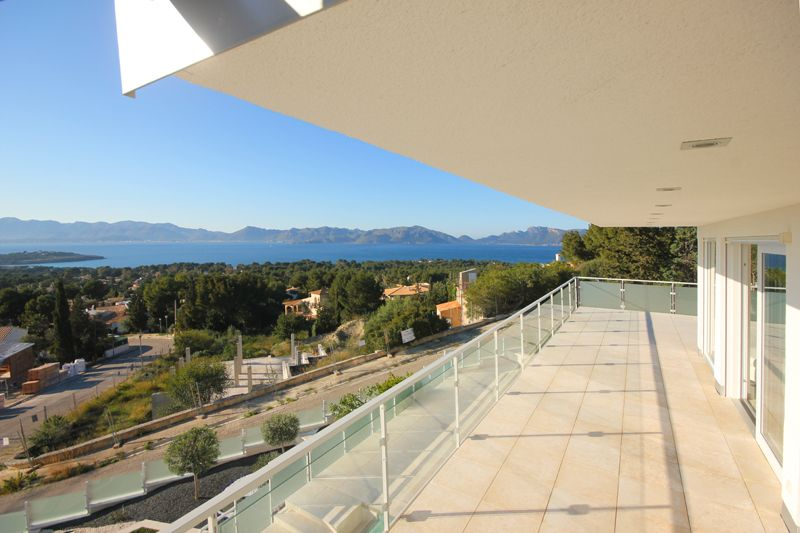 Terrasse Poolvilla Mallorca PM 3801 mit Meerblick für 8 10 Personen