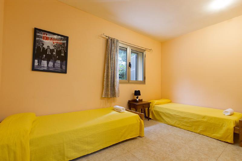 Schlafzimmer 3 von 4 Ferienhaus Mallorca Nordküste Strandnäehe Pool PM 3805