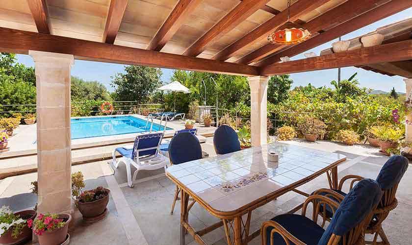 Pool und Terrasse Finca Mallorca Norden PM 3861