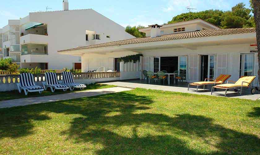 Blick auf die Ferienvilla Mallora PM 3884