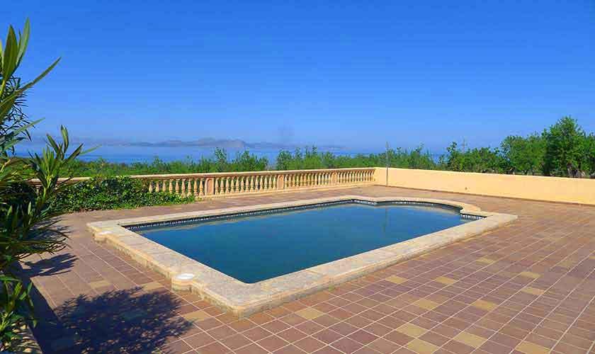 Pool und Meerblick Ferienvilla Mallorca PM 470