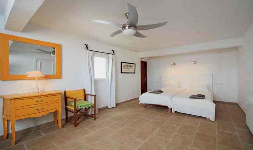 Schlafzimmer Ferienvilla  Mallorca Ostküste PM 501
