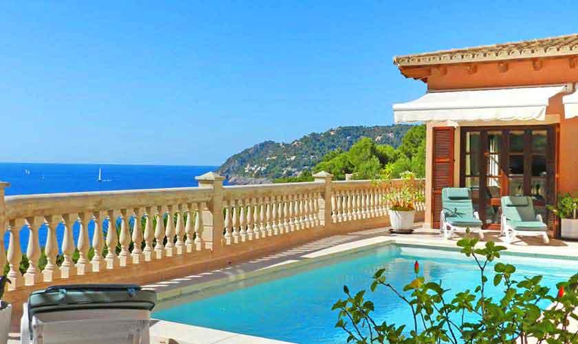Pool und Meerblick Ferienhaus Mallorca PM 5015
