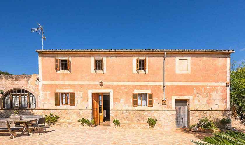 Blick auf die Finca Mallorca Nordosten PM 5210