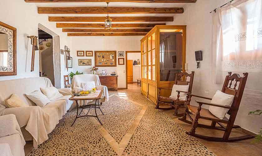 Wohnraum Finca Mallorca Nordosten PM 5210