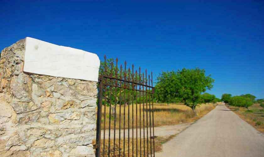 Einganstor Ferienvilla Mallorca PM 5240
