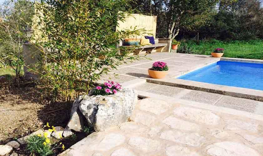 Pool und Terrasse Finca Mallorca bei Arta PM 5490