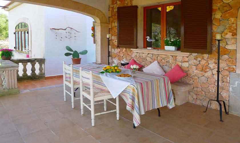 Überdachte Terrasse Finca Mallorca bei Arta PM 5490