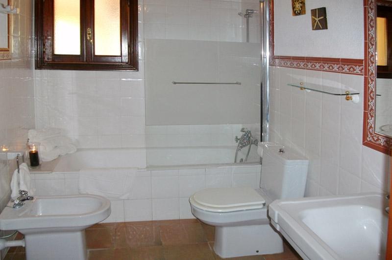 Badezimmer Finca Mallorca PM 572 für 6 Personen