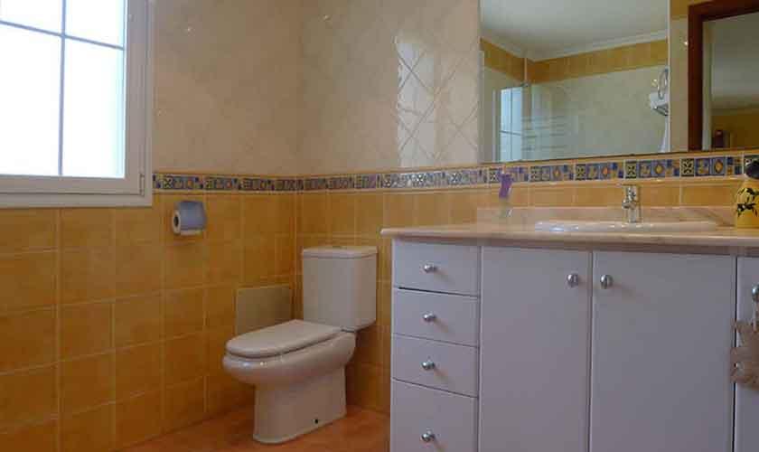 Badezimmer Ferienhaus Mallorca PM 5880