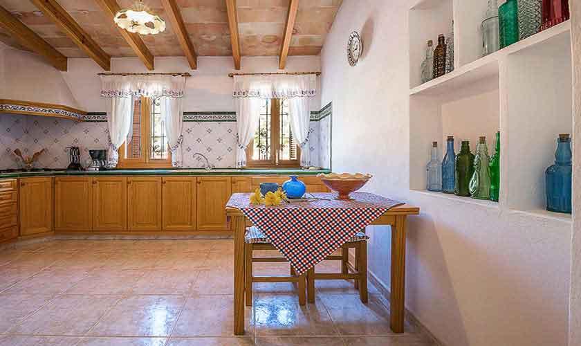 Küche Finca Mallorca 10 Personen PM 6012