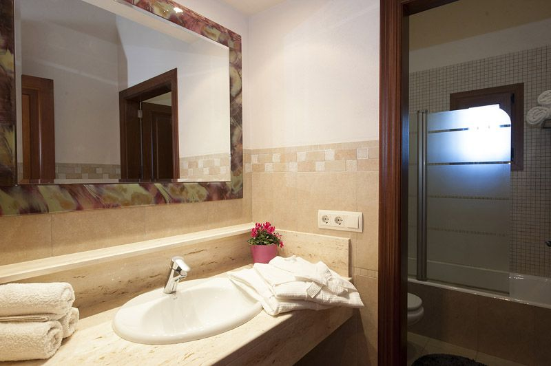 Bad 3 Finca Mallorca PM 6015 für 12 Personen