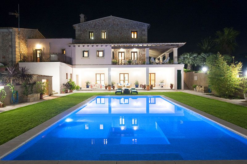 Poolblick bei Nacht Finca Mallorca PM 6015 für 12 Personen
