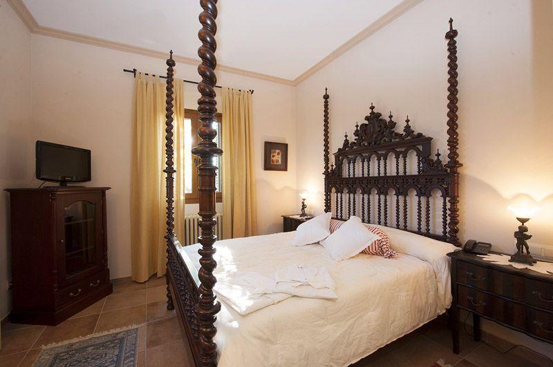 Schlafzimmer 2 Finca Mallorca PM 6015 für 12 Personen