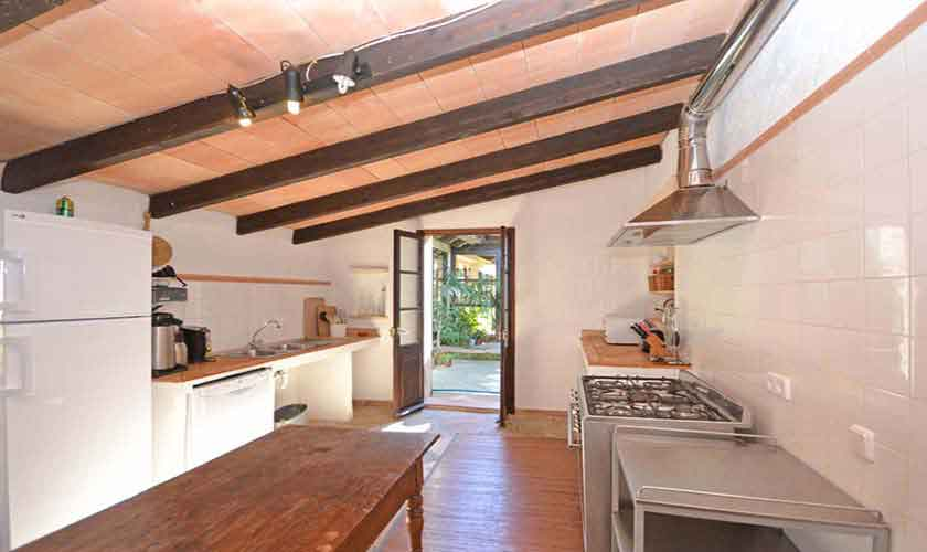 Küche Finca Mallorca Osten PM 6020
