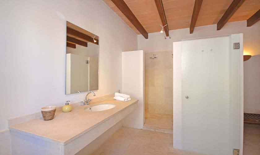 Badezimmer Finca Mallorca 10-14 Personen PM 6020