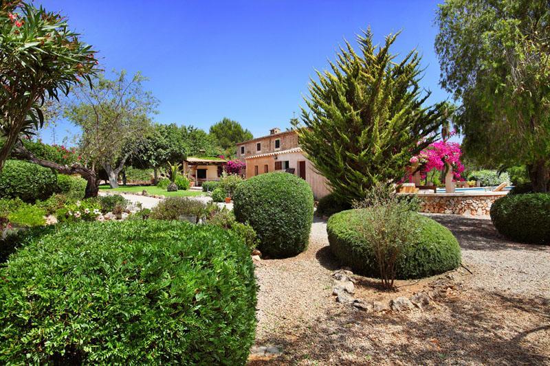 Garten 6 Finca Mallorca Südosten mit Pool und Tennisplatz PM 6074