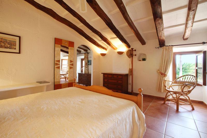 Schlafzimmer b Finca Mallorca Südosten mit Pool PM 6074