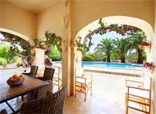 Terrasse Finca Mallorca Südosten mit Tennisplatz PM 6074