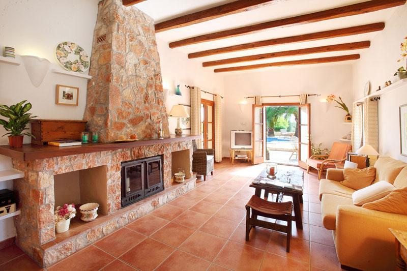 Wohnraum 2 Ferienfinca Mallorca Südosten PM 6074 für 10 - 11 Personen