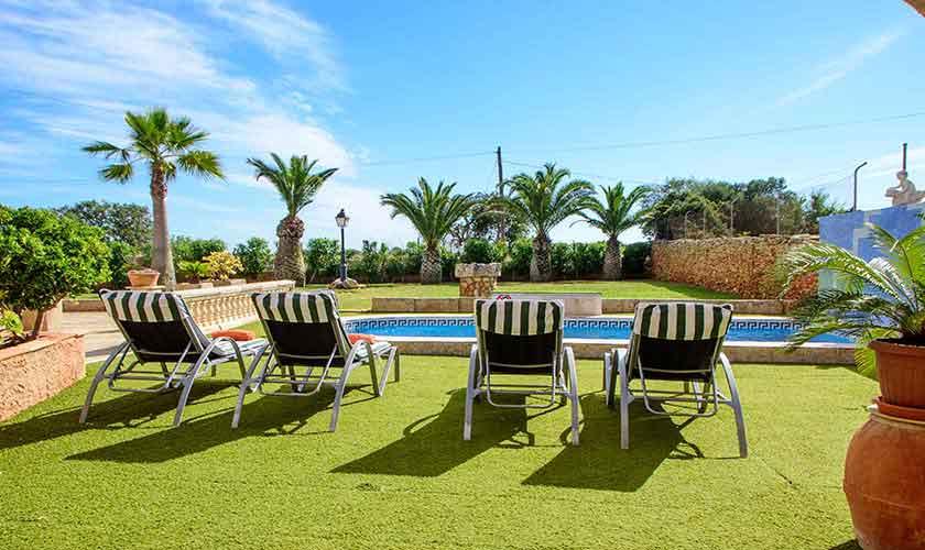 Pool und Rasen Finca Mallorca PM 6098