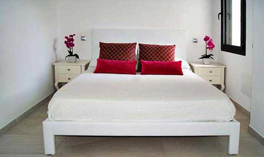 Schlafzimmer Ferienvilla Mallorca PM 6250
