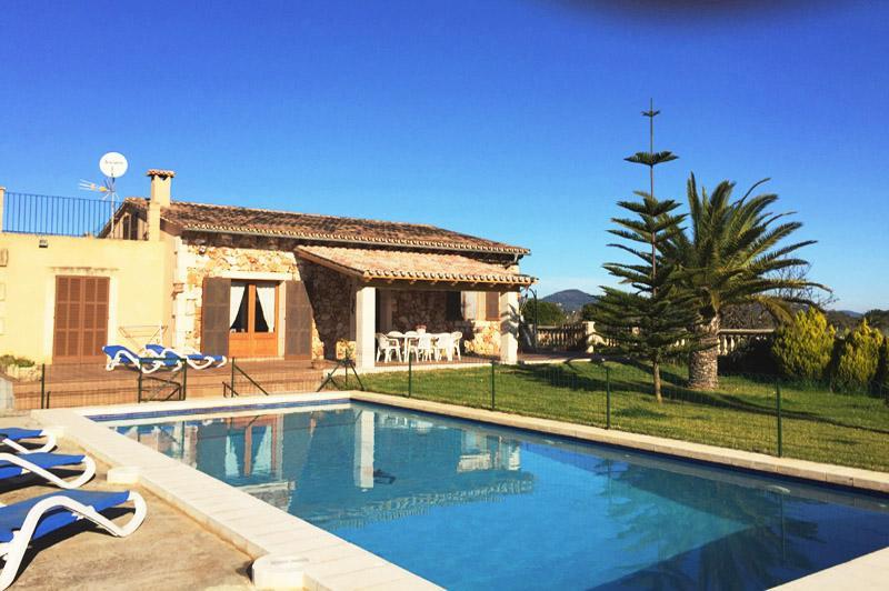Poolblick und Finca Mallorca PM 6343 Ostküste für 6 - 7 Personen