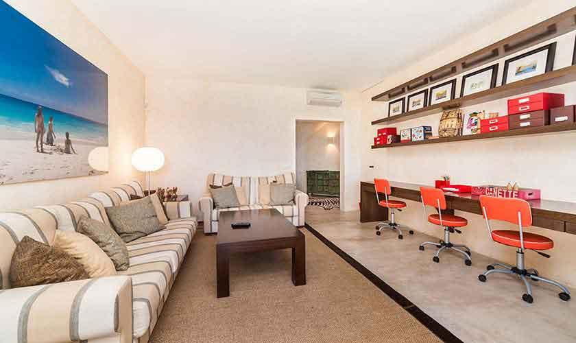 Wohnraum Luxusvilla Mallorca 10 Personen PM 6510