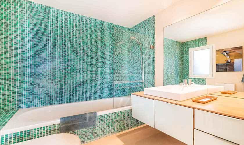 Badezimmer Luxusvilla Mallorca 10 Personen PM 6510