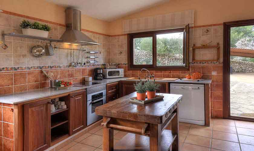 Küche Finca Mallorca 8 Personen PM 6564
