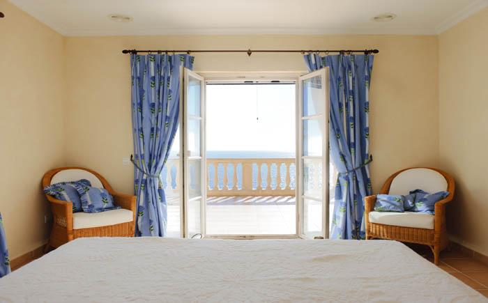 2. Schlafzimmer Ferienhaus Meerblick Pool PM 6575 Mallorca Südosten