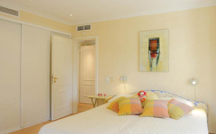Schlafzimmer 2 Ferienhaus Meerblick Pool PM 6575 Mallorca Südosten