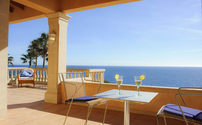 Obere Terrasse mit Meerblick Poolvilla Mallorca Südosten PM 6575