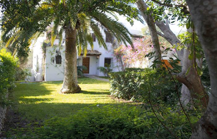Blick auf das Ferienhaus Mallorca Südosten mit Pool und Meerblick für 8 Personen PM 6576