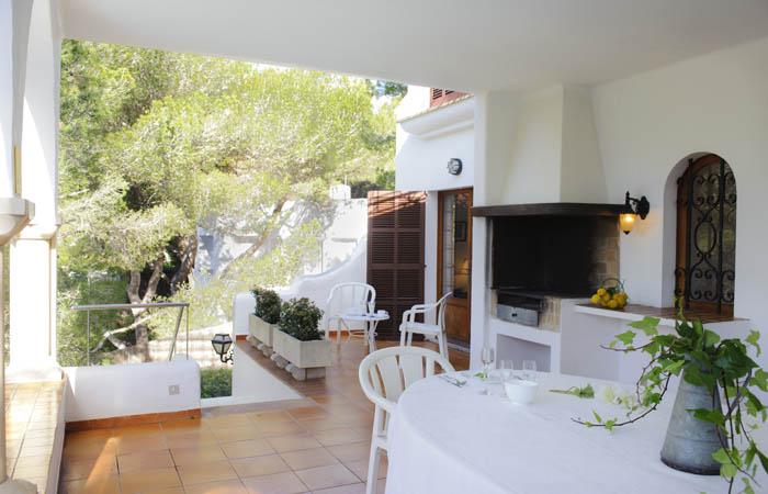 Terrasse 2 Ferienhaus Mallorca Südosten mit Pool und Meerblick für 8 Personen PM 6576