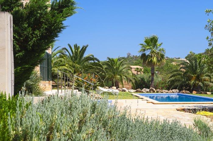 Poolblick und Garten Finca Mallorca PM 6579 für 10 Personen